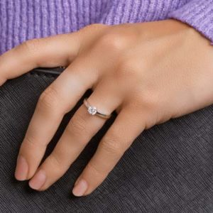 013-20941K Ring Zilver met zirkonia