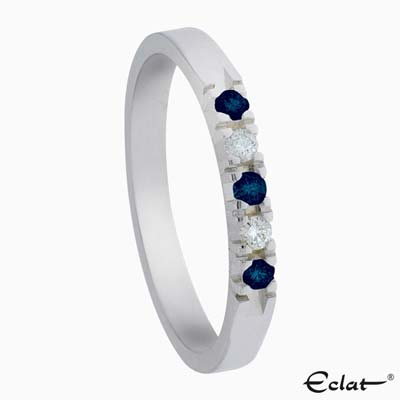 A303-Saffier-5 Eclat Ring met diamant