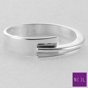 AG01127.5 NOL Zilveren ring