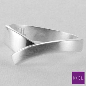 AG02129.6 NOL Zilveren ring