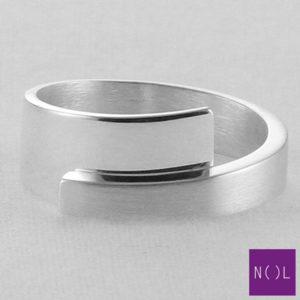 AG02177.8 NOL Zilveren ring