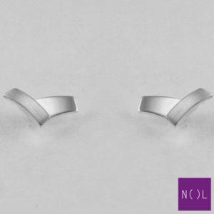 AG02829.4 NOL Zilveren oorbellen