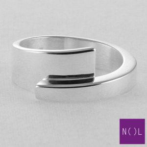 AG03127.9 NOL Zilveren ring