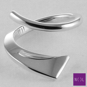 AG04109 NOL Zilveren ring