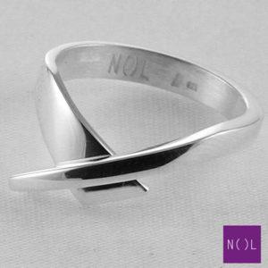 AG04127.6 NOL Zilveren ring