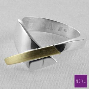 AG04128.8 NOL Zilveren ring