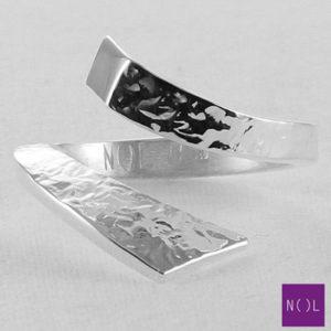 AG04167 NOL Zilveren ring