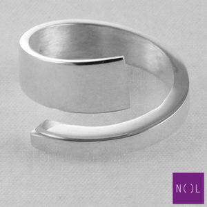 AG08101.7 NOL Zilveren ring