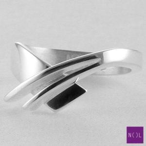 AG08127.7 NOL Zilveren ring