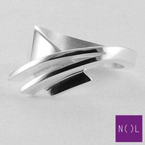 AG08127.9 NOL Zilveren ring