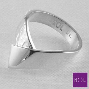 AG08162.9 NOL Zilveren ring