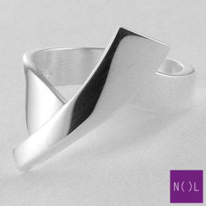 AG10101.8 NOL Zilveren ring