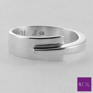 AG10127.7 NOL Zilveren ring