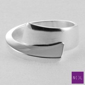 AG13109.9 NOL Zilveren ring