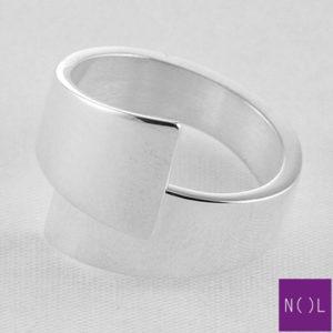 AG77109.11 NOL Zilveren ring