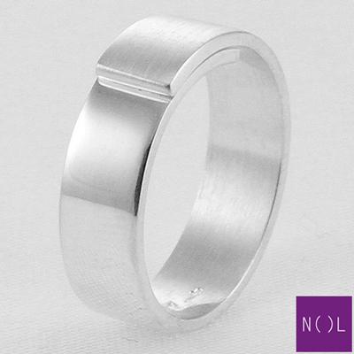 AG77171.6 NOL Zilveren ring