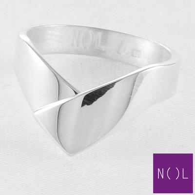 AG82102.7 NOL Zilveren ring