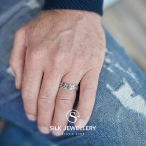 130 Silk ring