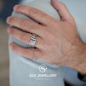 135 Silk ring