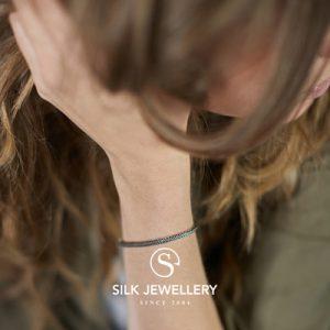 150 Silk armband