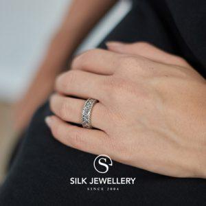 152 Silk ring