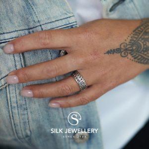 161 Silk ring