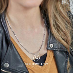 169 Silk collier