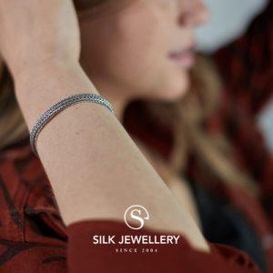 339 Silk armband