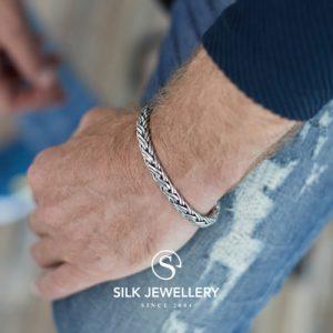 346 Silk armband