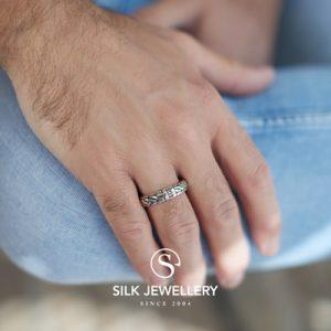 352 Silk ring