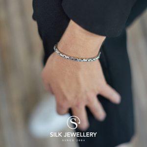 358 Silk armband