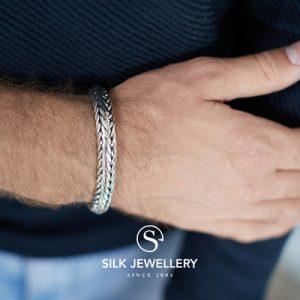 379 Silk armband