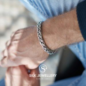 387 Silk armband