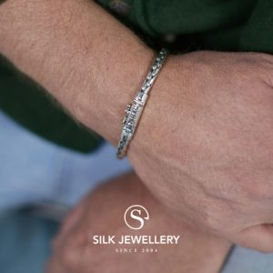 392 Silk armband