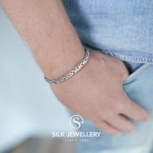 393 Silk armband
