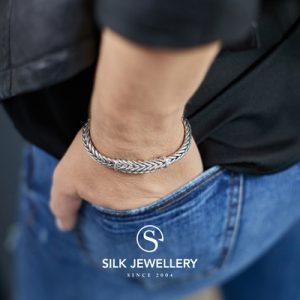 421 Silk armband