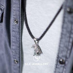 S11 Silk hanger