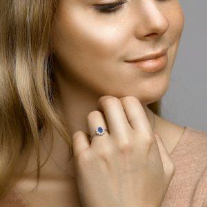 041-05394K Ring Saffier en Zirkonia